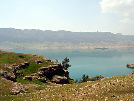 mysterious dez island visit tour iran alibaba trek