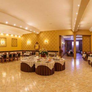 Alibabatrek iran travel visit iran tour iran hotel booking iran hotels hostel iran tehran hotels cheap hotels in tehran hostels Ario Barzan Hotel Shiraz
