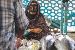 Alibabatrek Iran Travel visit iran tour Travel to Bandar Abbas sightseeing Trip to Bandar Abbas city tour tourism bandar abbas tourist attraction fish market bandar abbas women dress code