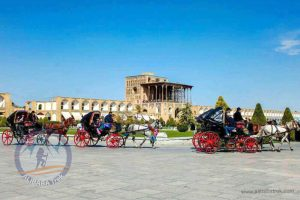 Alibabatrek Iran Travel visit iran tour Travel to Isfahan sightseeing Trip to Isfahan city tour tourism isfahan tourist attraction Ali Qapu
