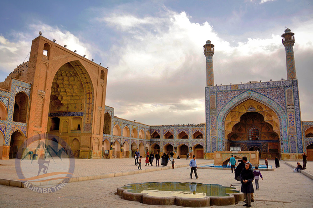 Alibabatrek Iran Travel visit iran tour Travel to Isfahan sightseeing Trip to Isfahan city tour tourism isfahan tourist attractionJameh Mosque