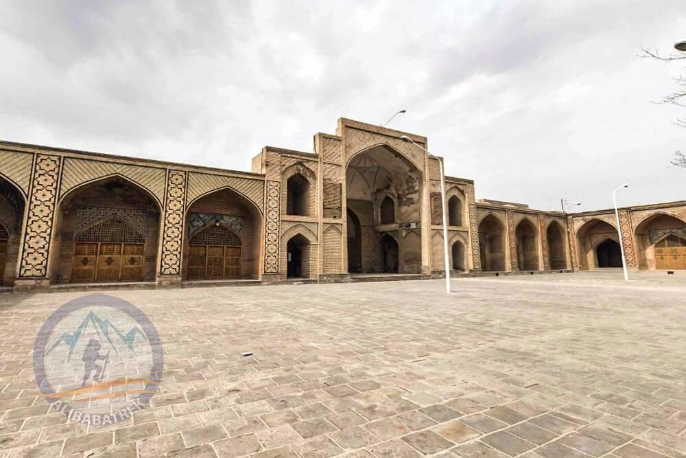 Alibabatrek Iran Travel visit iran tour Travel to Qazvin sightseeing Trip to Qazvin city tour tourism Qazvin tourist attraction Grand Mosque of Qazvin