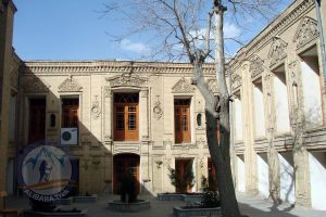Hassanpour House, Located in the Arak Bazaar and near the Sepahdari Mosque and School in the old texture of the city.