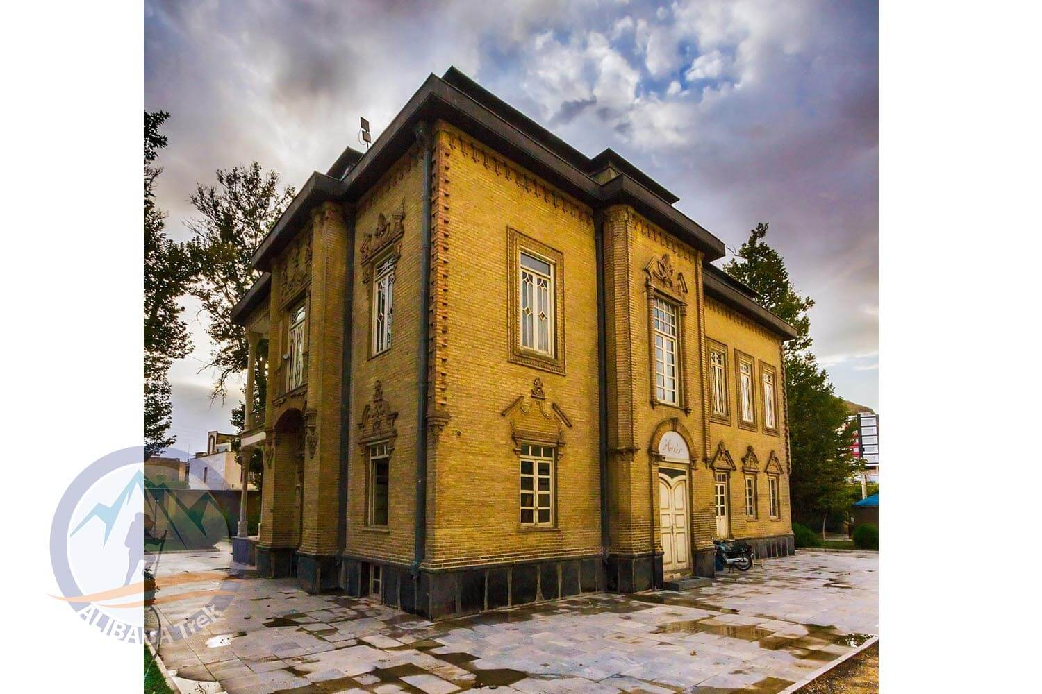 Alibabatrek Iran Travel visit iran tour packages Travel to Arak sightseeing Trip to Arak city tour tourism Arak tourist attraction arak travel arak tour visit arak khakbaz house