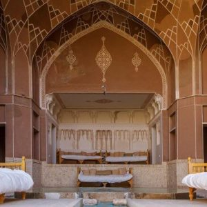Alibabatrek iran travel visit iran tour iran hotel booking iran hotels hostel iran Kashan hotels cheap hotels in Kashan hostels Ameri ha Hotel Kashan