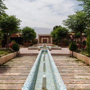 Alibabatrek iran travel visit iran tour iran hotel booking iran hotels hostel iran Kashan hotels cheap hotels in Kashan hostels Khaneh rose Hotel Kashan
