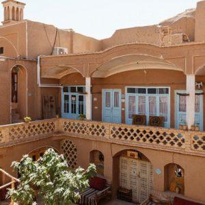 Alibabatrek iran travel visit iran tour iran hotel booking iran hotels hostel iran Kashan hotels cheap hotels in Kashan hostels khaneh-noghli Traditional house Kashan