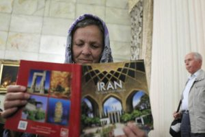 10 tips for Iran travel and things to know before taking Iran tour