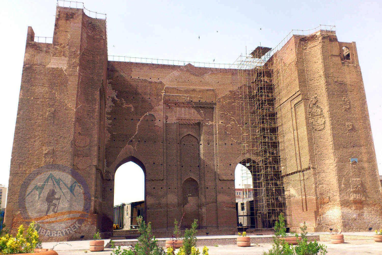 Alibabatrek iran tour Iran journey Tour to Iran in 3 weeks Explore iran tabriz Arg Alishah