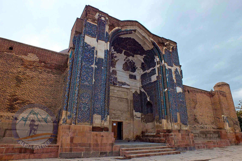 Alibabatrek iran tour Iran journey Tour to Iran in 3 weeks Explore iran tabriz kabud mosque