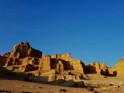 alibabatrek-iran-tour-packages-iran-desert-tours shahdad kalouts desert