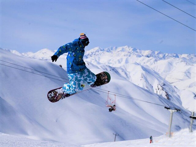 Dizin ski resort alibabatrek why ski in Iran - Iran ski tour - Iran ski resorts - Iran blog