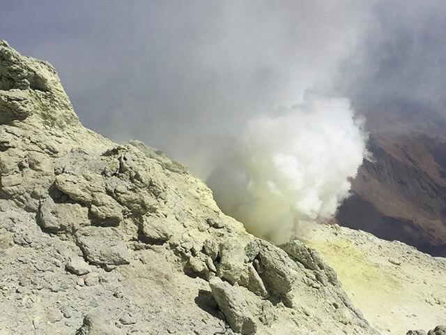 Damavand Sulfuric Hills alibabatrek Volcanic Seven Summits Conquest Damavand Volcano iran blog -Iran-Tour