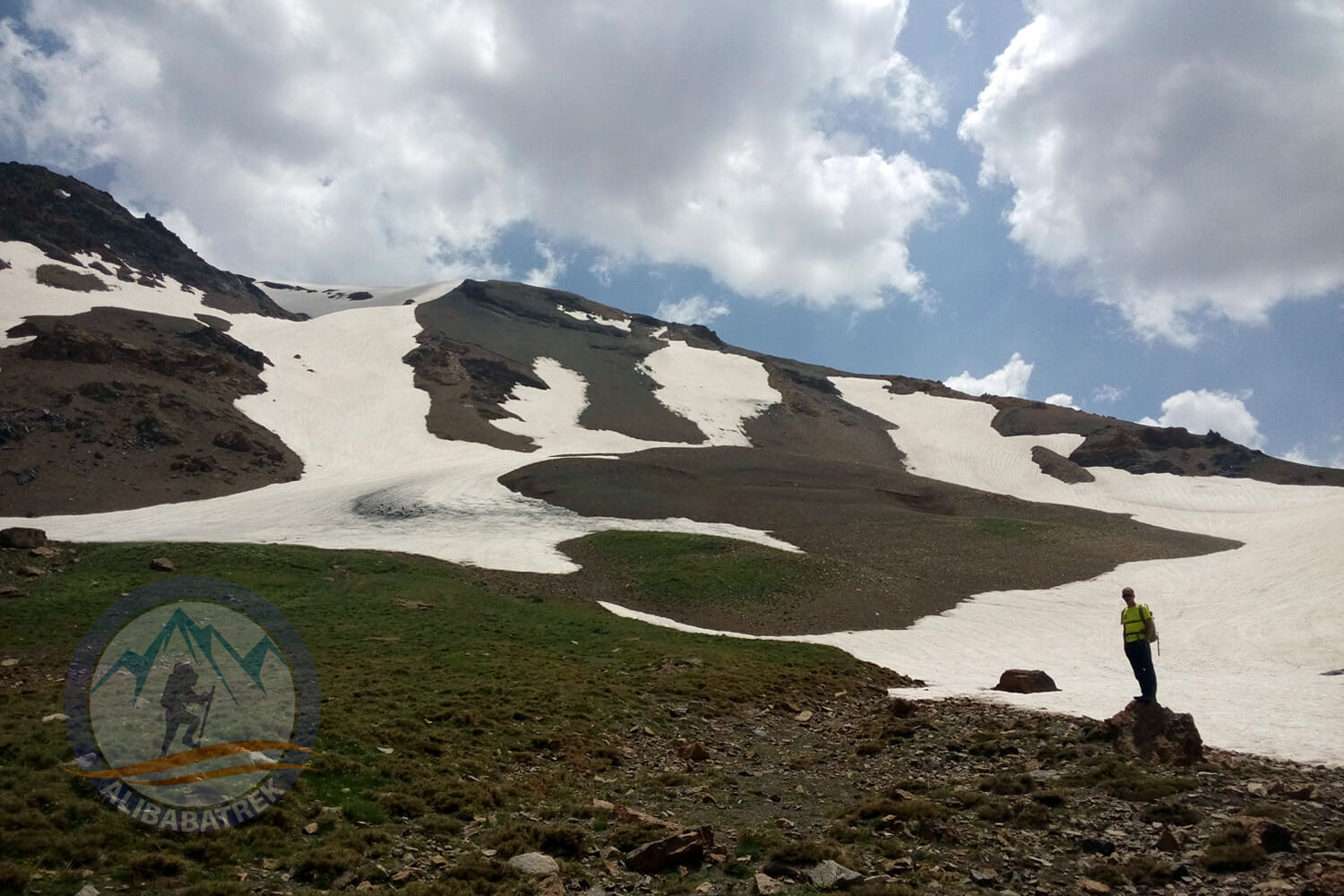 Alibabatrek damavand tour alamkuh trekking tour iran mountains tour alamkuh road