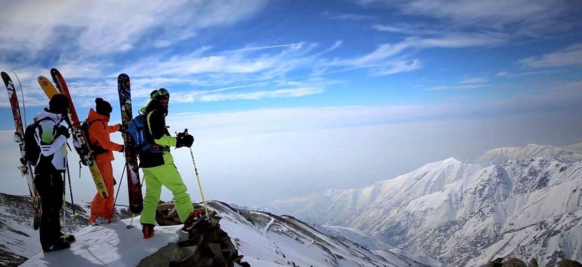 Alibabatrek iran ski touring skiing in iran iran ski tour Iran ski resort iran ski package holidays iran snowboarding (1)