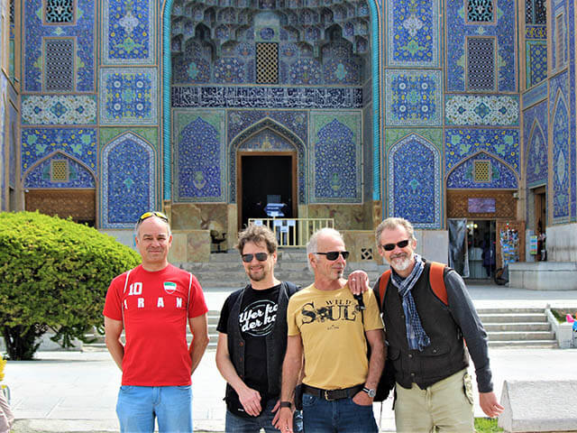 alibabatrek Why Choose Private Small Group Tours iran blog -Iran-Tour Iran trip visit Iran