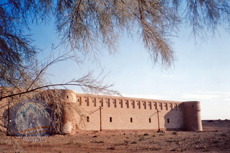 Alibabatrek Iran central desert trekking tour maranjab camp
