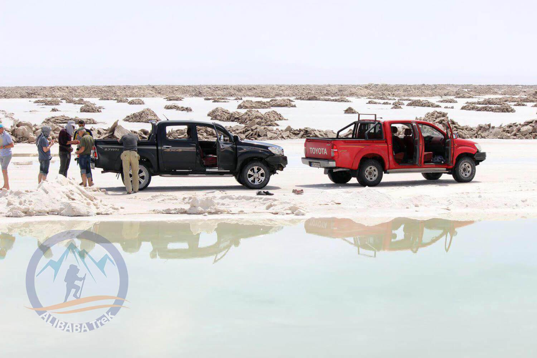 Alibabatrek Iran central desert trekking tour salt lake 3