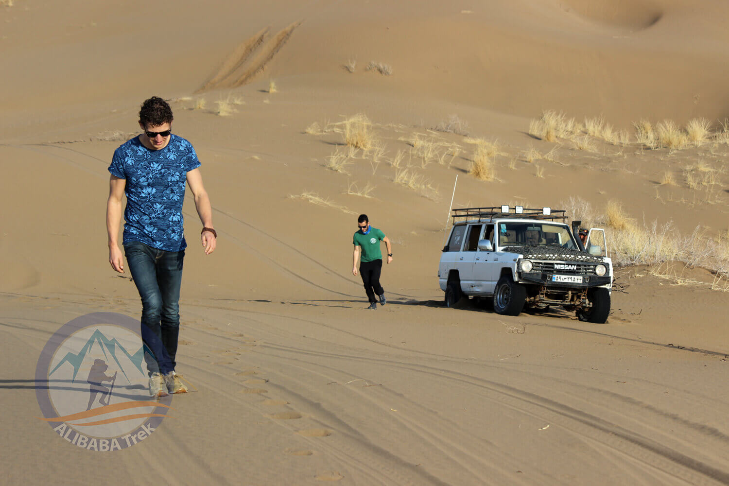 Alibabatrek iran deserts and culture tour Maranjab Desert