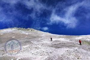 Sulfur Hill at 5350m, Damavand southern route