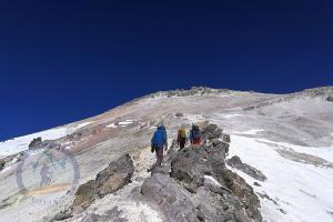 The beginning of the sulfur Hill at 5300m on Mount Damavand